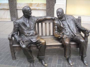 Statue of FDR and Churchill